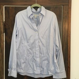 Banana Republic stretch button down blouse